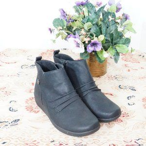 EARTH SPIRIT Black Ankle Boots Slouch 6.5W NWOT